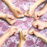 Con los minicréditos con Asnef, tener amigos tiene premio