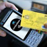 ¿Tienes una tarjeta de débito sin contactless? Entonces, no estás de moda