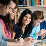 Cuentas sin comisiones, la vía de acceso de los jóvenes  a la banca