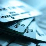 Las tarjetas sin cambiar de banco nos pueden ayudar a ahorrar esta Semana Santa
