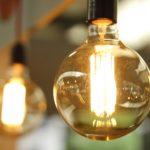 El 38% de los consumidores pagan de más por no saber qué tarifa de luz tiene contratada