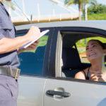 ¿Te han puesto una multa en tus vacaciones? Ahorra el 50 % pagando con un minicrédito gratis