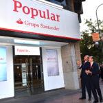 Popular cambia su imagen y añade los cajeros de Santander a su red