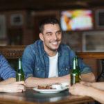 PayPal lanza un nuevo sistema para pagar con el móvil a los amigos