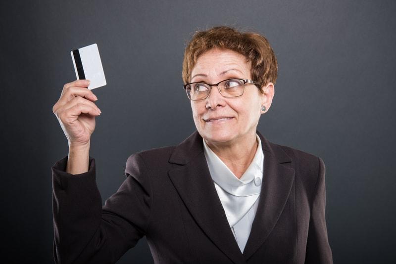 Tres beneficios que te ofrecen las tarjetas sin cambiar de banco