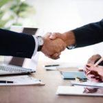 Unicaja y Liberbank se disparan en Bolsa por una posible fusión