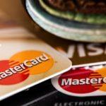¿Qué va a pasar con el dinero en efectivo? ¿Y con las tarjetas?