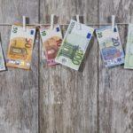 ¿Cómo funciona el comparador de depósitos bancarios de HelpMyCash?