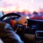 ¿Se puede alquilar un coche sin tarjeta de crédito?