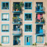 Un préstamo reforma, dos permisos y un cambio de ventanas