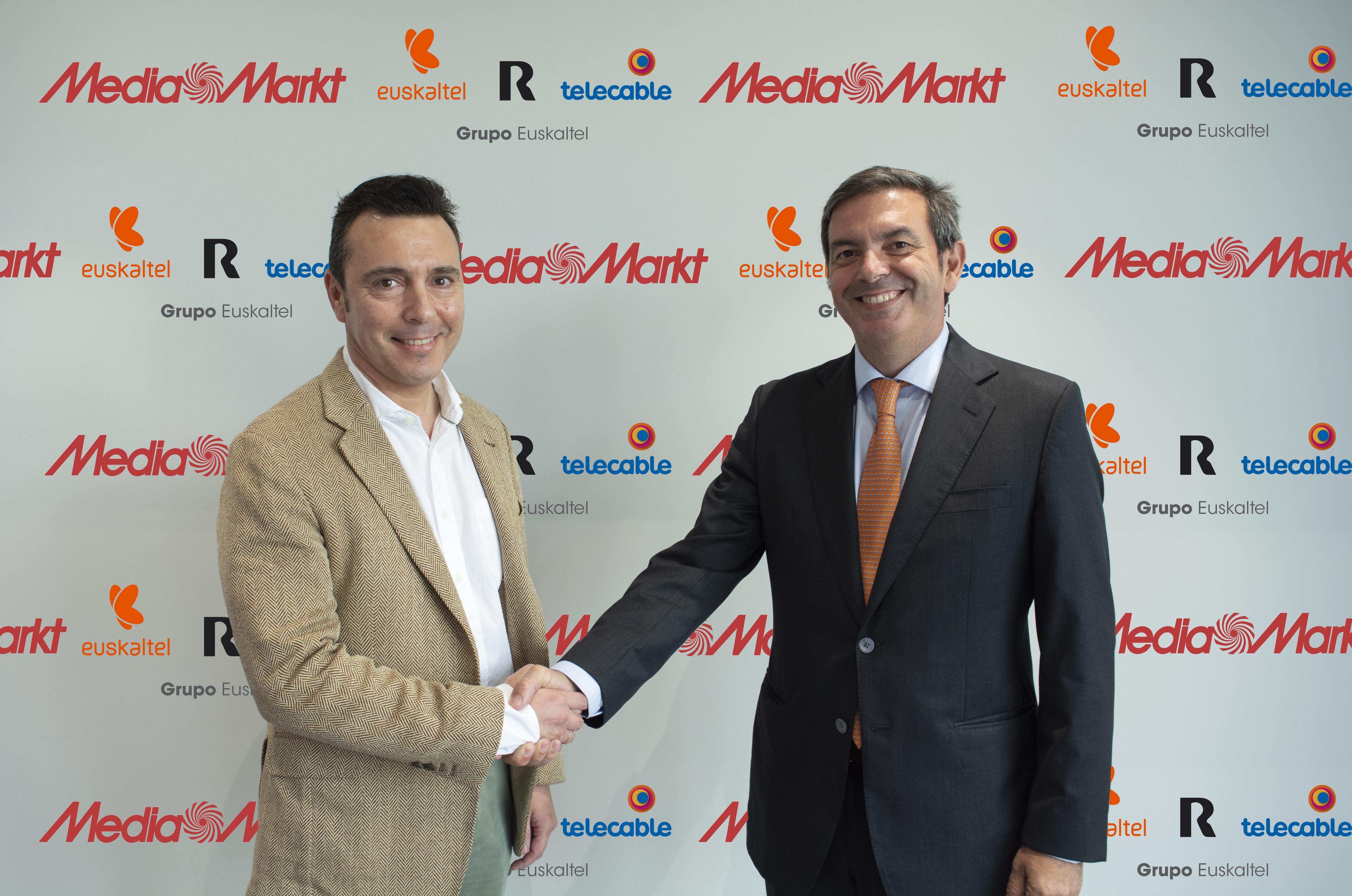 2019-04-26-Acuerdo-Grupo-Euskaltel-MediaMarkt-Alberto-Álvarez-y-Francisco-Arteche
