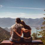 ¿Cuál es la mejor cuenta para compartir con mi pareja o amigos?