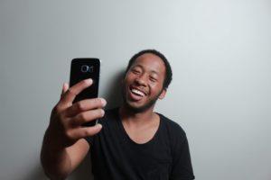 abrir cuenta selfie