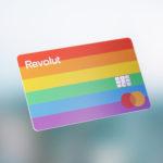 Novedades: la banca muestra su 'orgullo' con sus nuevas tarjetas arcoíris y Openbank regala 40 euros por abrir una cuenta