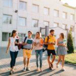Regresa a las clases con las mejores cuentas joven para universitarios