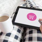 Novedades: BBVA entrega gratis su nueva tarjeta de débito Aqua y Revolut lanza recompensas