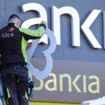 ¿Tienes la Cuenta ON? Cuidado, podrías pagar hasta 276€ en CaixaBank